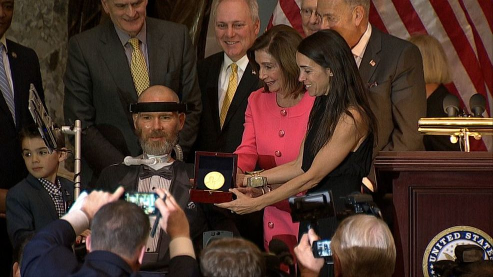 Congressional Gold Medal for Spokane native suffering ALS after NFL career
