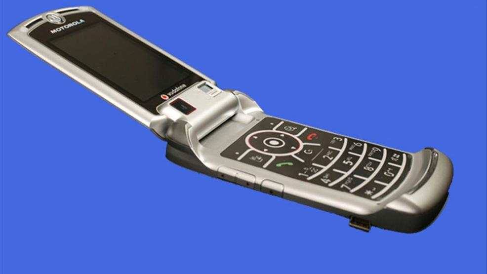 Motorola to bring back Razr phone
