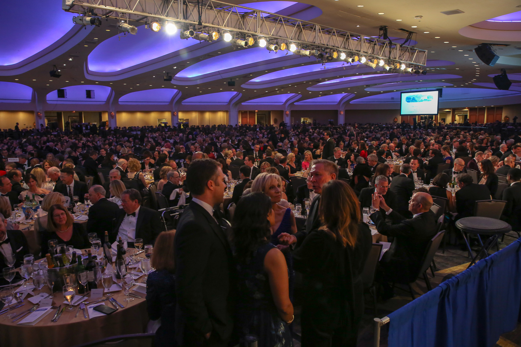 The Washington Hilton was packed for the 2018 White House Correspondents' Dinner on April 28. Hundreds of media luminaries, activists and politicians gathered to honor the work of journalists and the remember the importance of the First Amendment. Here's what it was like inside.{ }(Amanda Andrade-Rhoades/DC Refined)
