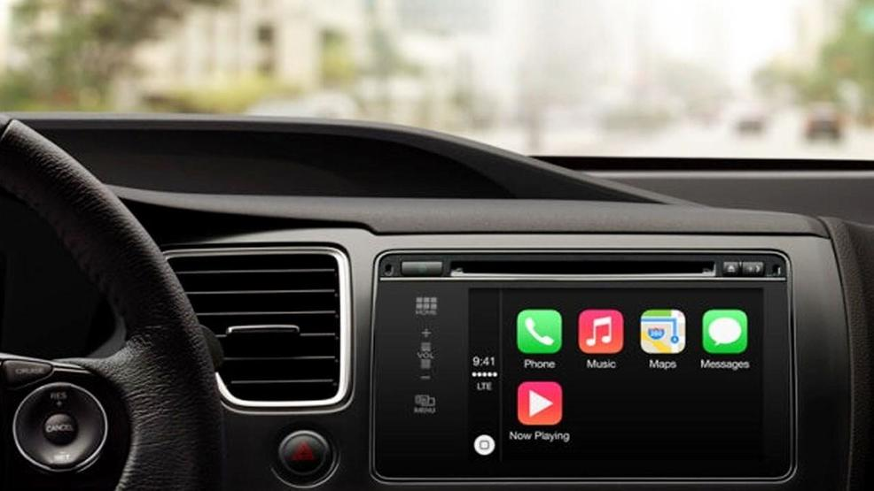 Apple CarPlay MGN Apple Inc. _ CC BY-SA 3.0 .jpg