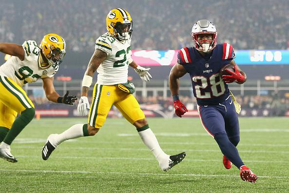 James White had 103 total yards and 2 TD vs. the Packers.