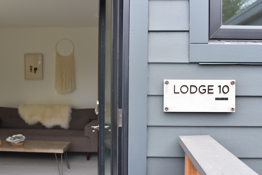 The Lodges on Vashon provide the perfect retreat for a getaway from busy city life. (Image: Rebecca Mongrain/Seattle Refined)
