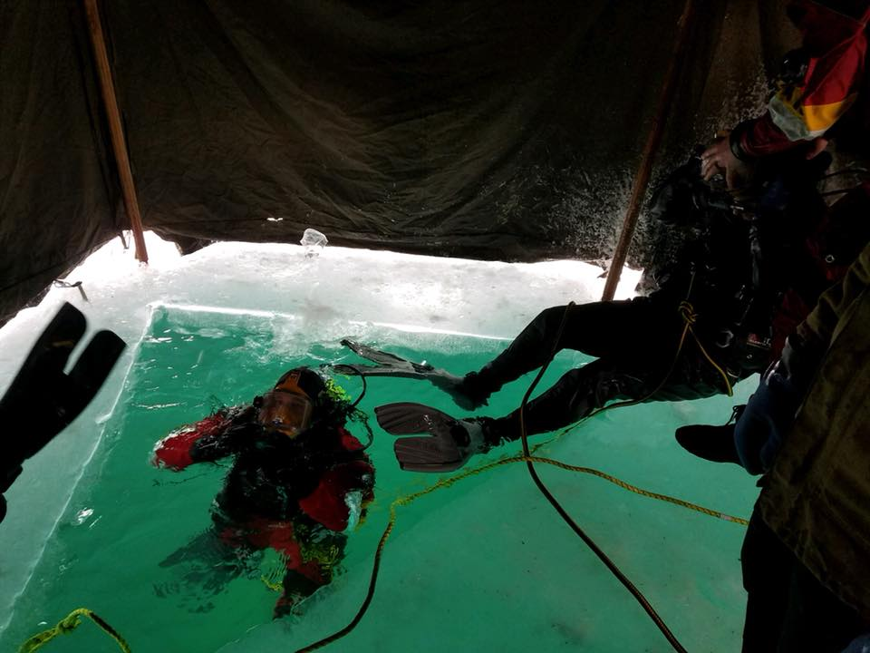 Roscommon County dive team trains in icy water of Higgins Lake.  (Photo Courtesy: Roscommon County Sheriff's Office)