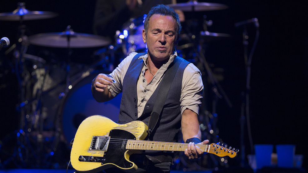 Bruce Springsteen announces Broadway debut