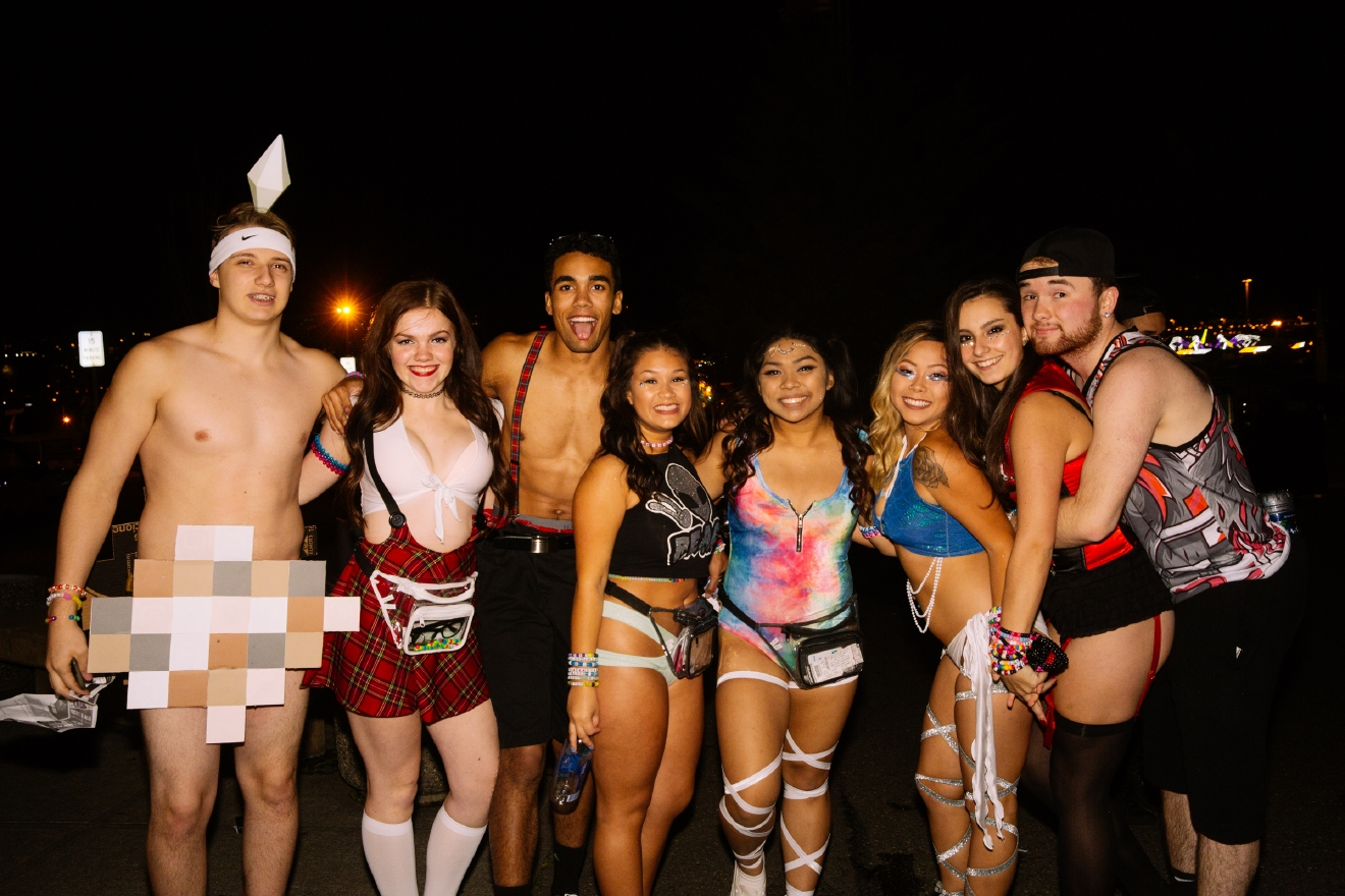 Freaknight girls