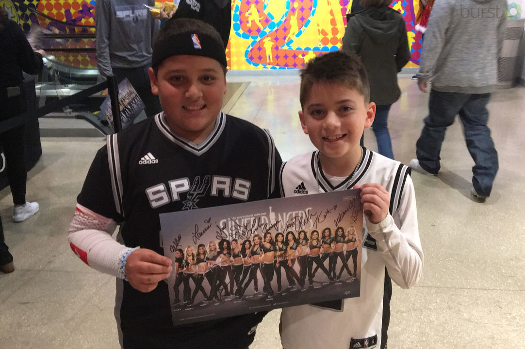 Show us YOUR Spurs Spirit. Text the word SHARE to 44332 and follow the directions.