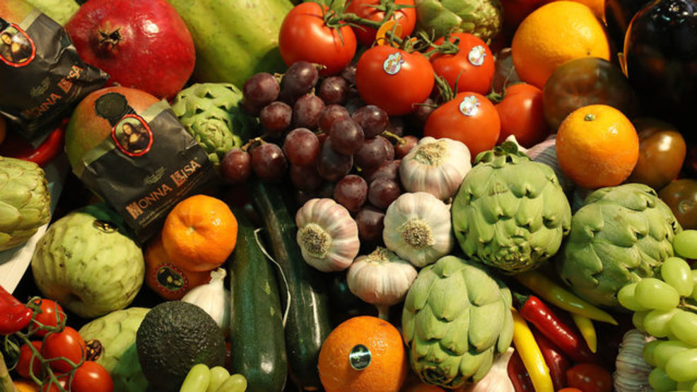 fruit, vegetables, veggies, whole foods, produce, getty.jpg