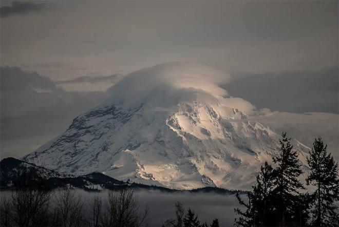 Mt. Rainier from Buckley -- Photo courtesy YouNews contributor: scubadiver