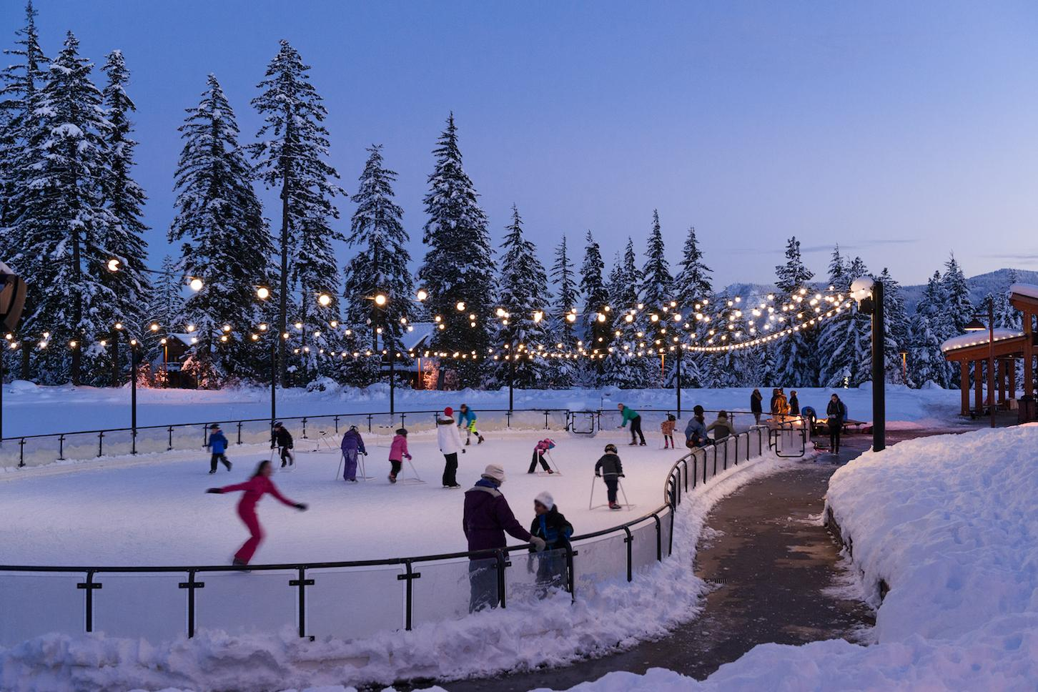 Go ice skating in the outdoors and under the night sky at Suncadia Resort.<p></p>