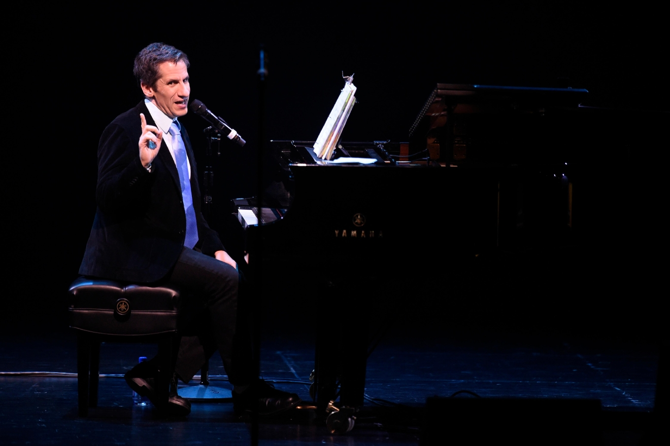 Musician, actor and radio host Seth Rudetsky acts as MC during a preview for the Smith Center for the Performing Arts 2017-2018 Broadway series preview Tuesday, Feb. 28, 2017, in Reynolds Hall. (Sam Morris/Las Vegas News Bureau)