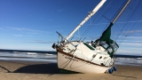 Sailboat washes ashore in Old Orchard Beach