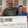 Bay County man wins $500,000 from scratch-off lottery ticket