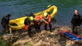 Aumsville couple rescued after boat capsizes in Detroit Lake