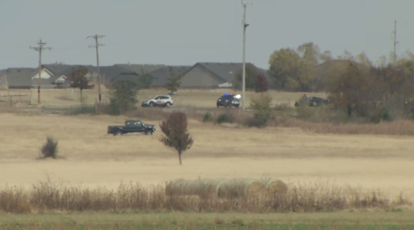 Police have surrounded a pursuit suspect following a lengthy pursuit in southwest Oklahoma City. (KOKH/Josh Vascil)<br>