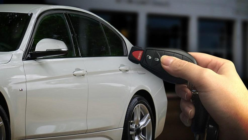 car plus car key MGN 082417.jpg