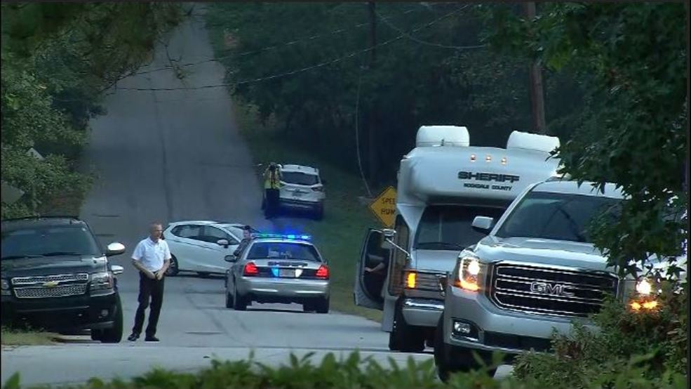 Homeowner kills 3 masked teens during robbery in Georgia thumbnail