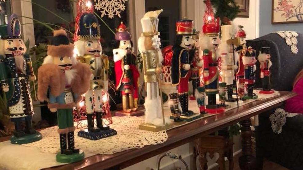 GALLERY: Check out these Christmas decorations inside a Syracuse home & GALLERY: Check out these Christmas decorations inside a Syracuse ...