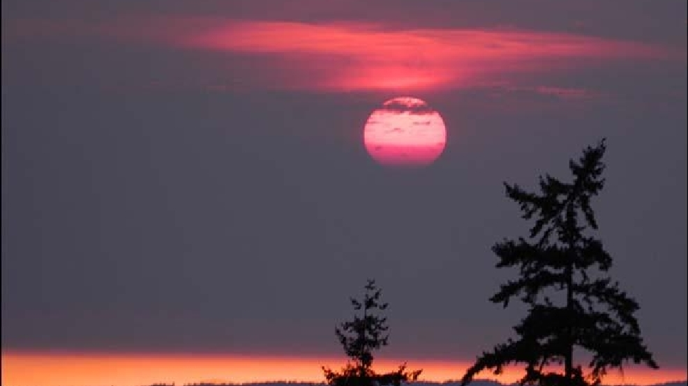 Photos: Wildfire haze makes for eerie sunset in Western Wash.