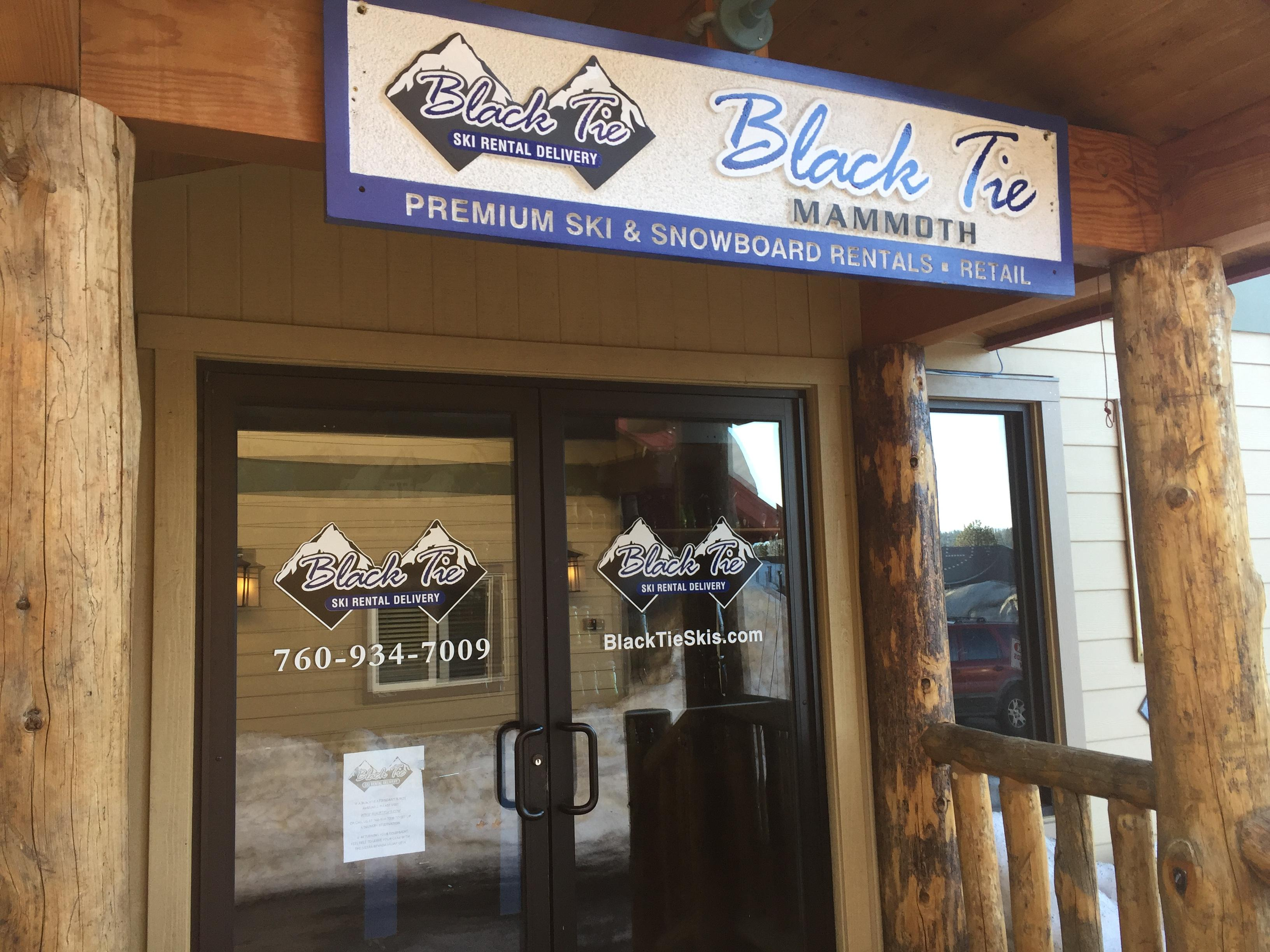 Black Tie ski rental delivery will bring all your equipment needs to you, wherever you're staying in town.