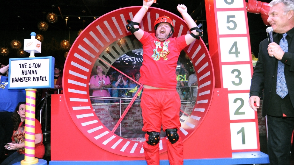 'Double Dare' revived at rowdy Comic-Con event