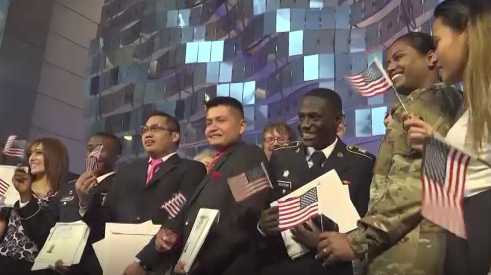 19 people become U S  citizens during naturalization