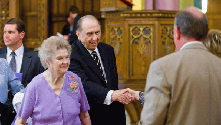 Thomas S. Monson, president of LDS church, dies at 90 (Photo: KUTV)