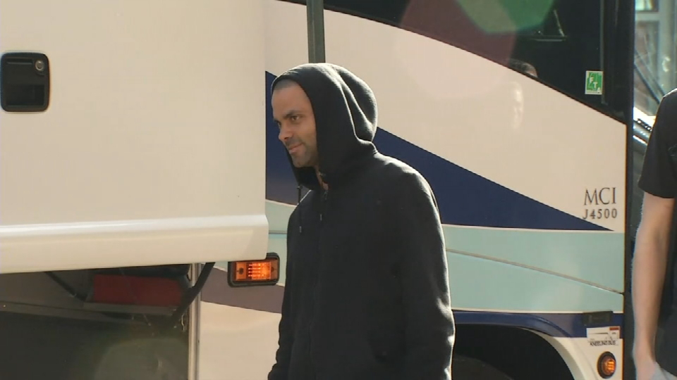 Spurs arrive in Memphis for games 3 & 4 (Photo: Sinclair Broadcast Group)