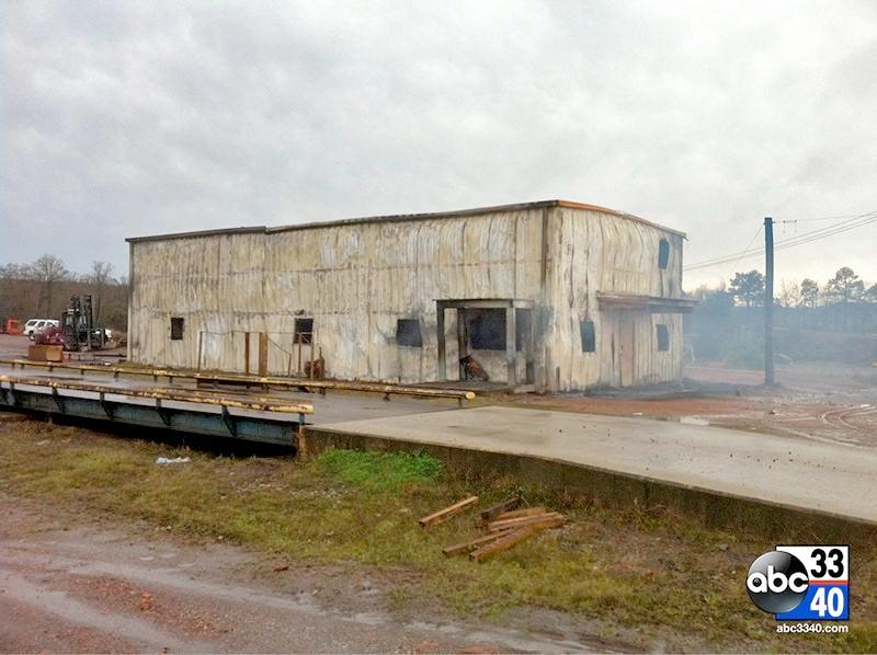 Scene of a commercial fire on Birmingport Road in Birmingham, Ala., Friday, March 28, 2014.
