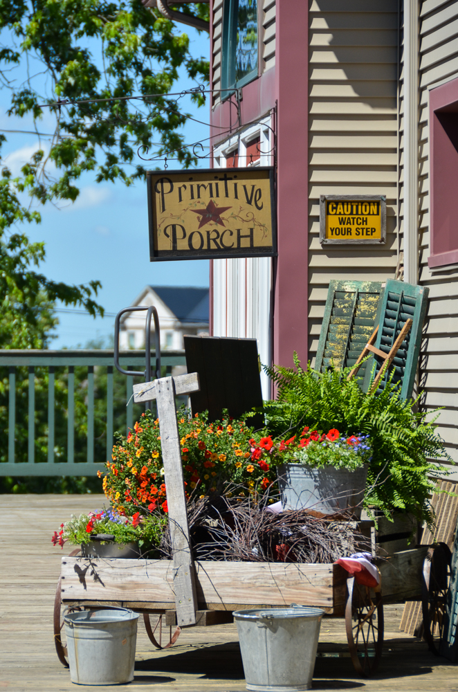 Berlin, Ohio  --  Ohio Amish Country, a picturesque portion of east-central Ohio, is a place where time slows down. Come ready to be restored. [Image: Sherry Lachelle Photography]