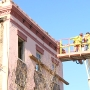 Crews bring down condemned historic home in downtown Charleston