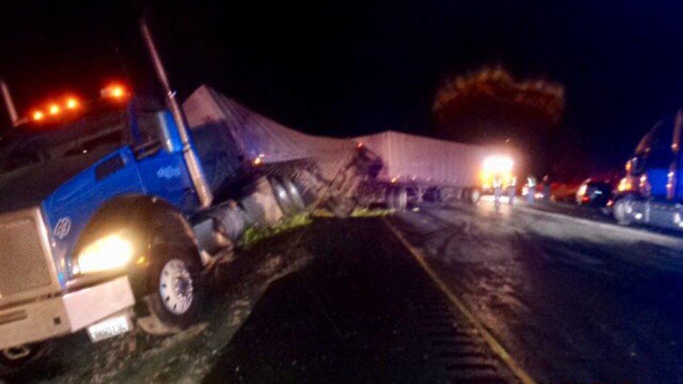 Crash Involving 8 Vehicles Including 5 Semis Shuts Down I 90 For