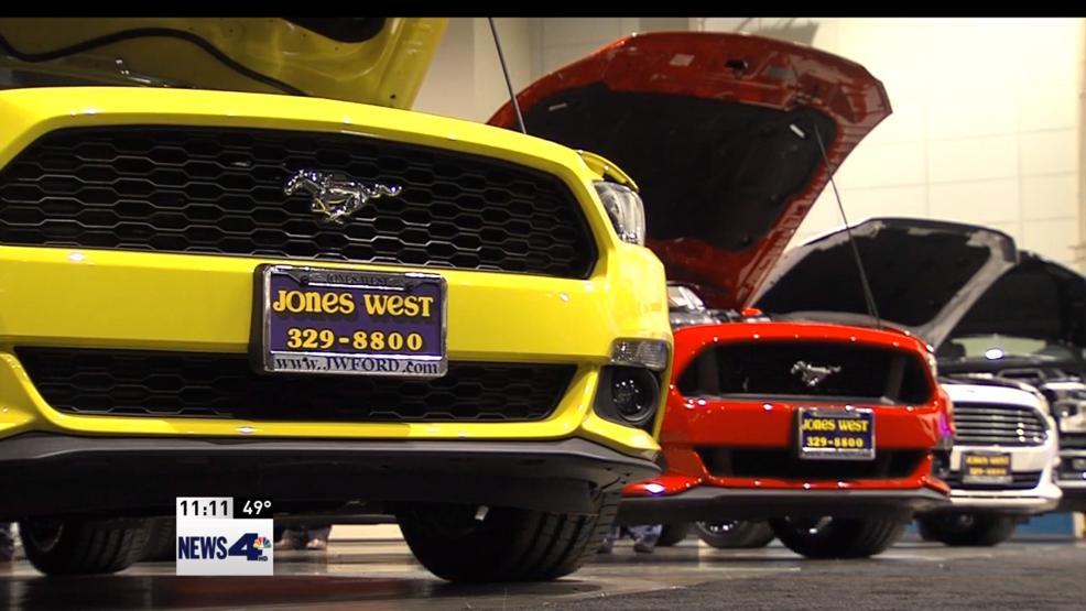 Reno Auto Show Will Showcase Car Dealers Friday Through - Car show reno sparks convention center