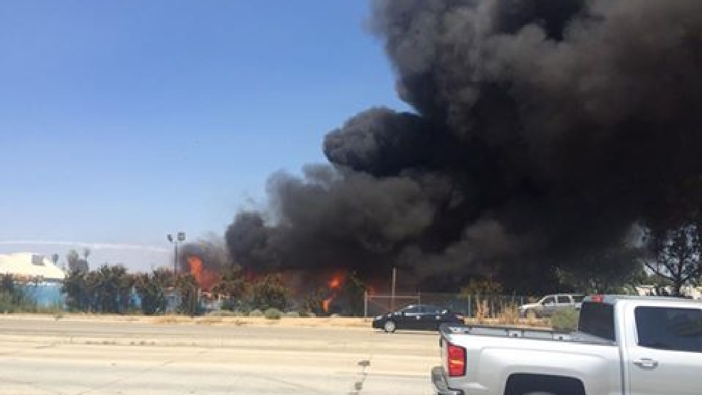 Massive fire erupts at north bakersfield recycling center for Golden state motors bakersfield