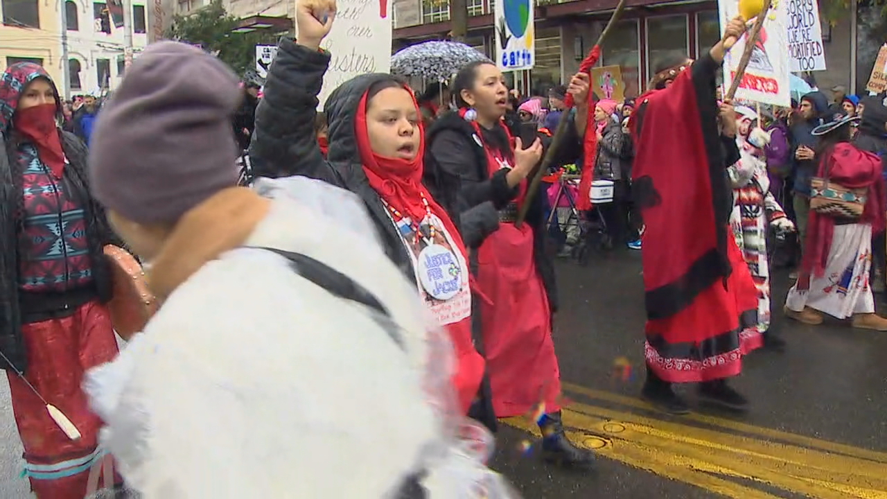 Marchers head to downtown Seattle. (Photo: KOMO News)