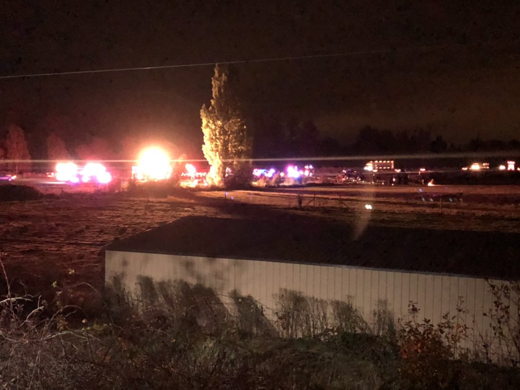 Crash on I-5 northbound early Wednesday morning near Gervais, about four miles south of Woodburn - KATU image.jpg