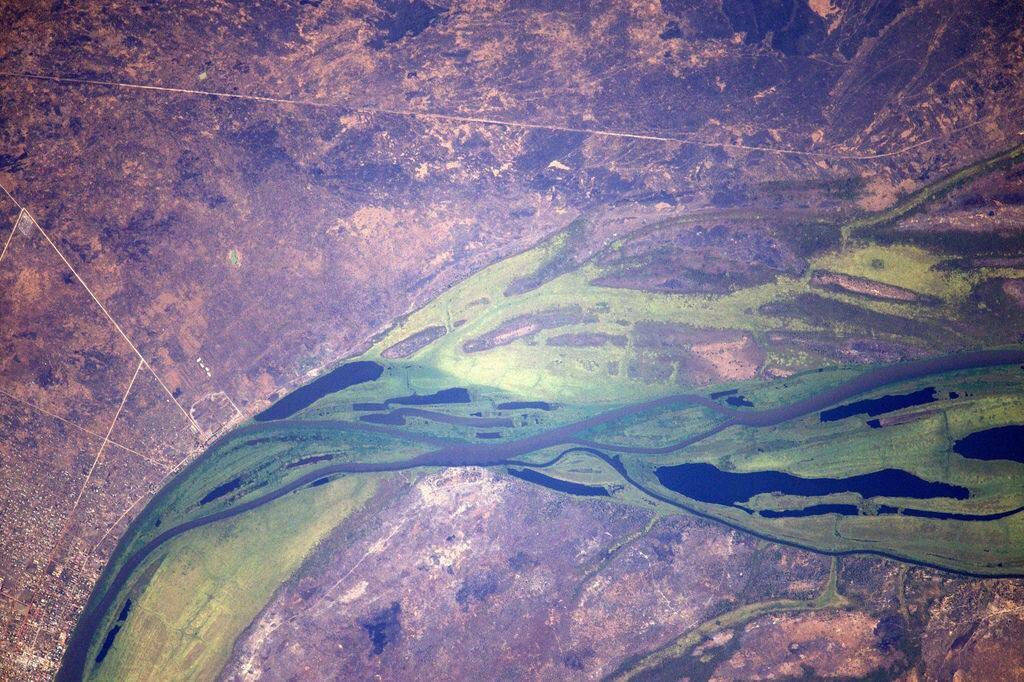 An impressive huge green river in south Sudan (Photo & Caption: Thomas Pesquet // NASA)