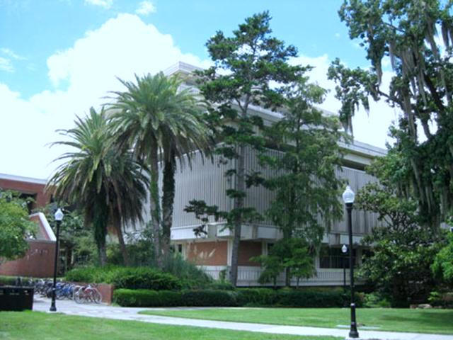 At the heart of the University of Florida campus in Gainesville stands the 267,000 square feet J. Wayne Reitz Union. Originally built in 1967 for $5.7 million, the student union contains multiple food courts, retail stores, offices, and barbershops.