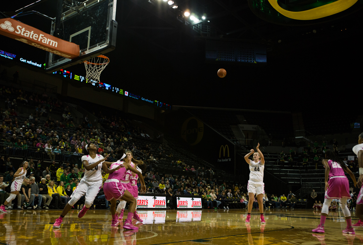 Oregon Ducks forward Mallory McGwire (#44) shoots from behind the three point line. The Oregon Ducks defeated the No. 15 UCLA Bruins 84-75 Friday evening at Matthew Knight Arena in Eugene, Oregon.  Photo by Duncan Moore, Oregon News Lab