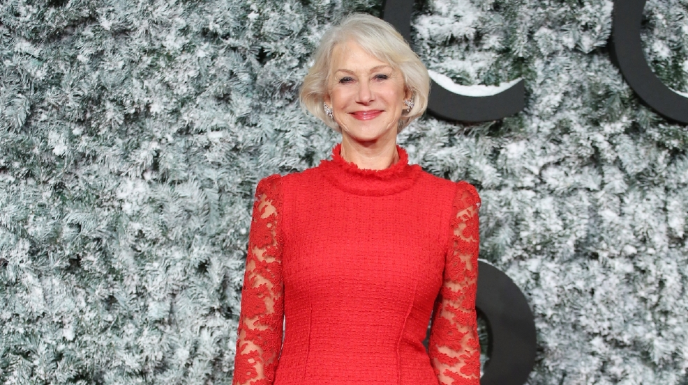 Helen Mirren shares onstage kiss with Morgan Freeman