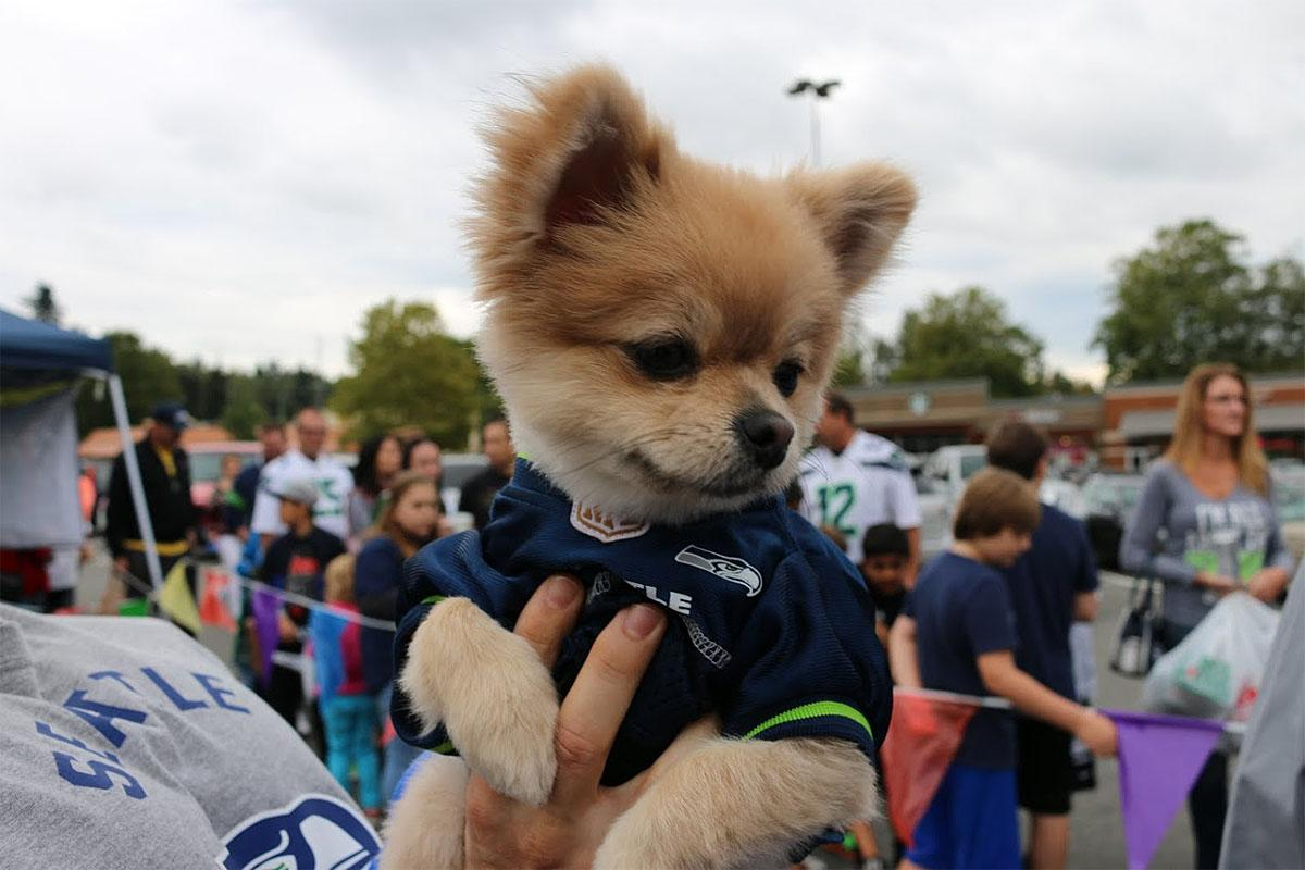 Women and men are both invited to the Lady 12's Blue Fridays. (Image: Jamei June / Seattle Refined)