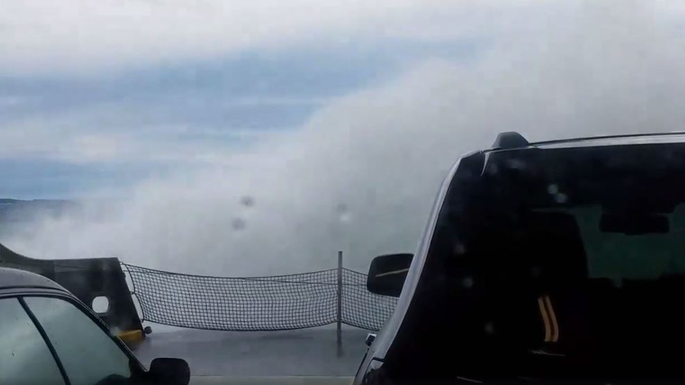 Windy day makes for harrowing ride on San Juan Islands ferry