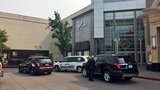 Police investigate jewelry store robbery at Washington Square Mall, 3 suspects detained