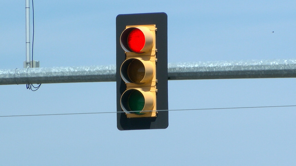 Tulsa drivers to pay as much as $200 if caught running a red or yellow