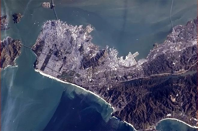 San Francisco - from orbit, the geologic fault lines are readily visible.  (Photo & Caption: Chris Hadfield/NASA)