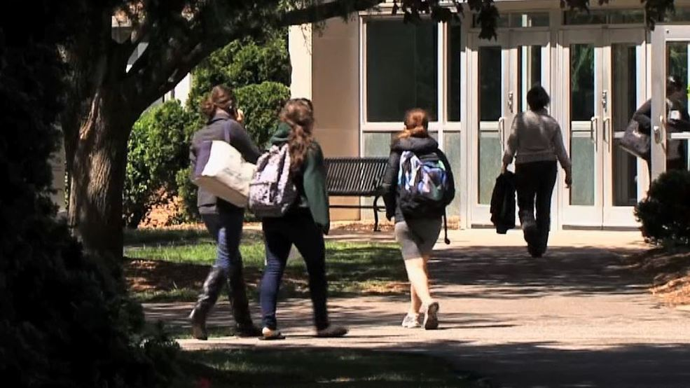 Slight uptick in state's remedial college course enrollment