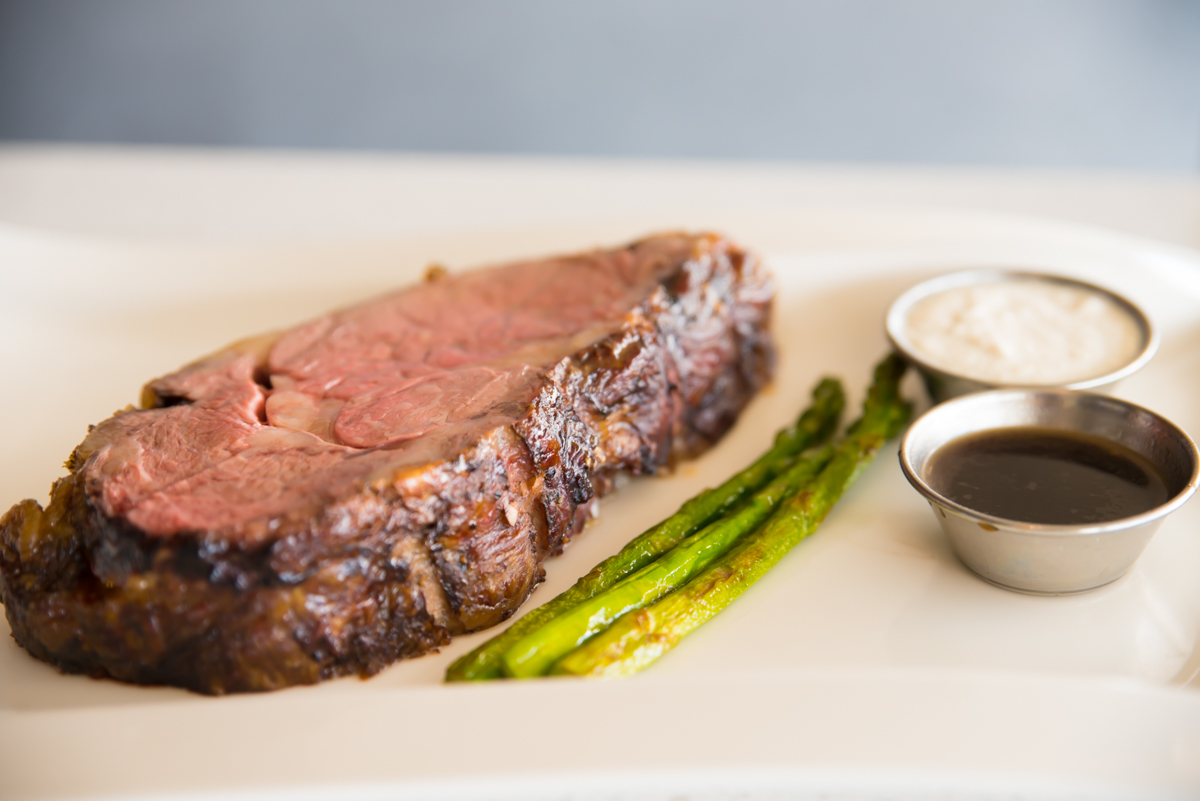 Prime rib with horseradish cream, balsamic demi-glaze, and asparagus / Image: Sherry Lachelle Photography // Published: 8.22.17