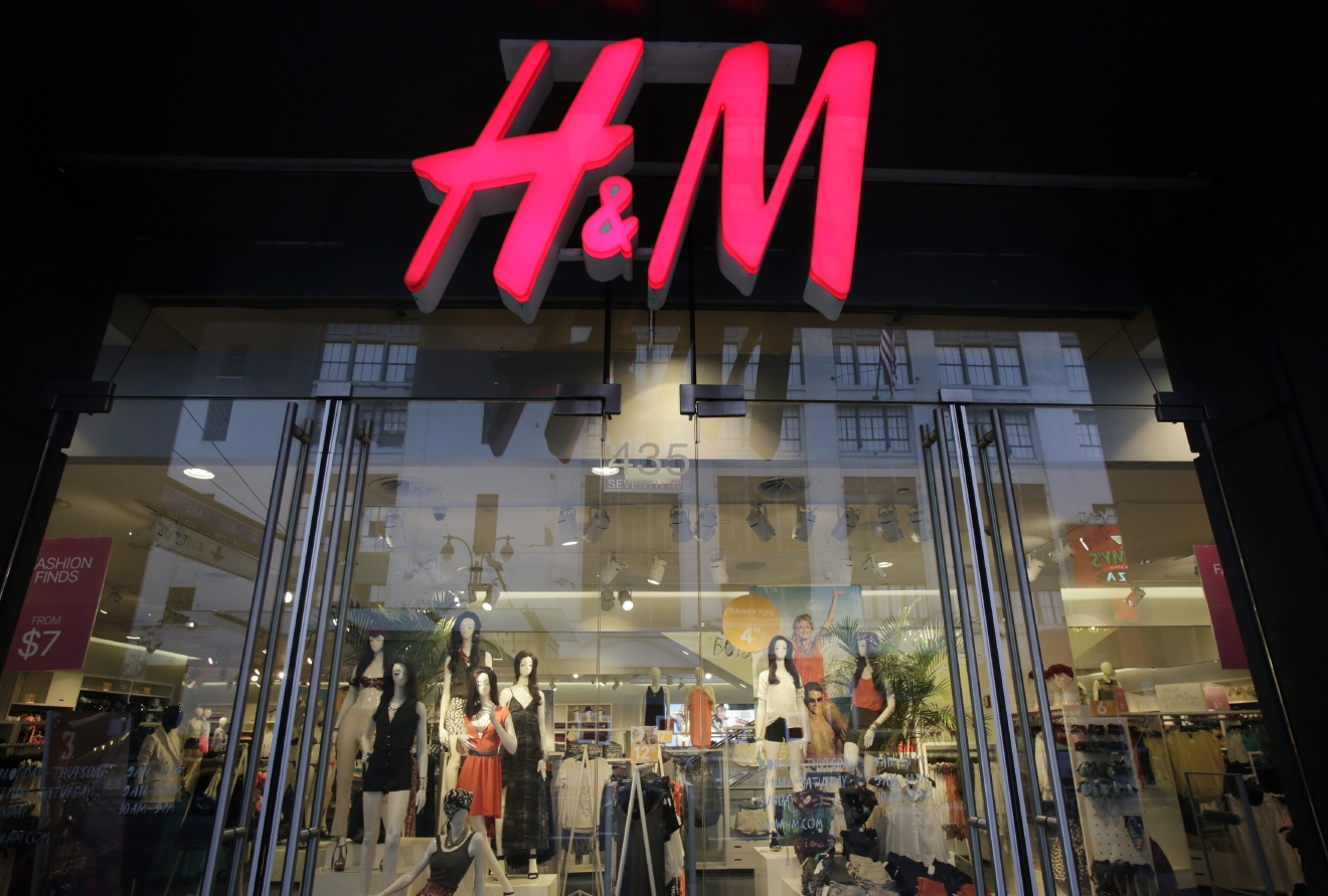 FILE - In this May 31, 2013, file photo, an H&M store is shown in New York. H&M, Hennes & Mauritz reports quarterly earnings in Thursday, March 27, 2014. (AP Photo/Mark Lennihan, File)